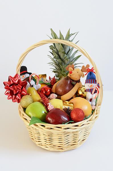 Holiday Fruit Basket | Vicky's Gift Baskets